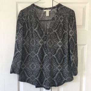 Cute 3/4 Length Sleeve Blouse from H & M - New!